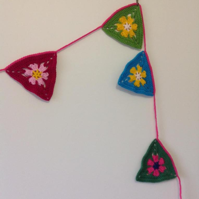 crochet bunting2